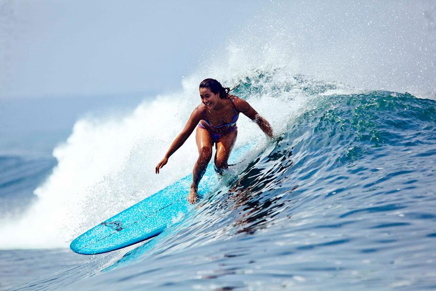 surf-girl-roxy