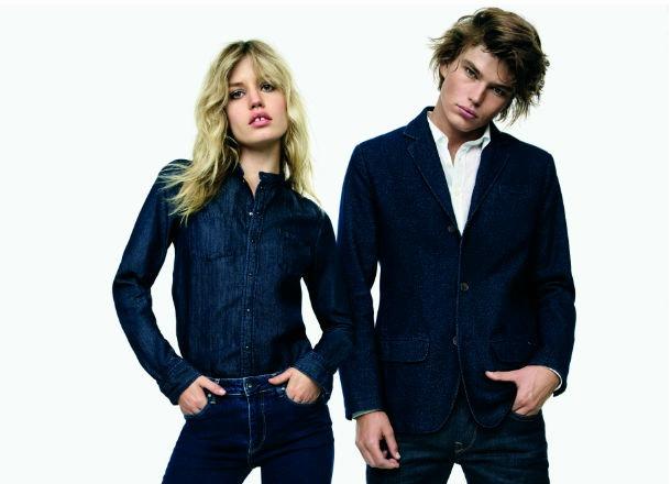 Jak stylowo nosić jeansy? Zobacz 5 błędów, które możesz popełniać.