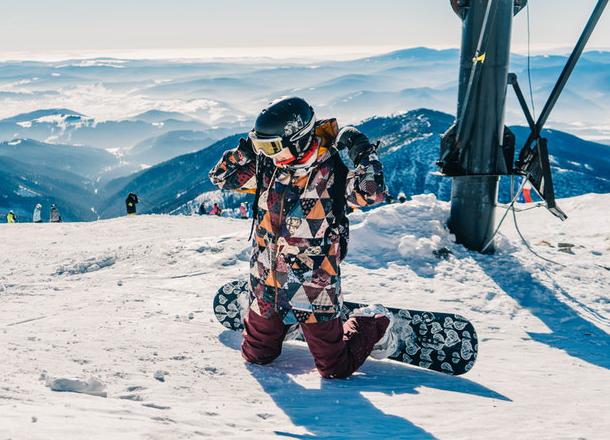 Jak się ubrać na narty i snowboard? Sprawdź nasze porady