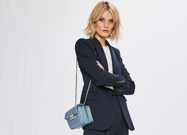 Office Dress Code – wyglądaj modnie i z klasą w pracy!