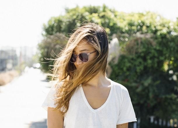 W poszukiwaniu idealnego T-shirtu – oto 4 rzeczy, na jakie musisz zwrócić uwagę