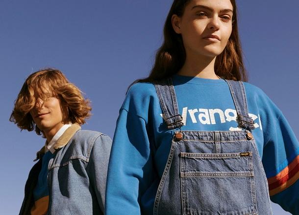 Szalone lata 90. – poznaj charakterystyczną modę tamtych lat