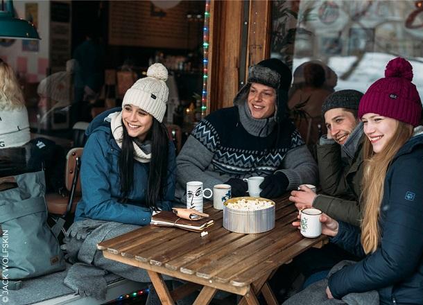 Apres ski – jak wyglądać modnie nie tylko na stoku?