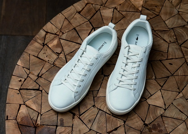 Sposoby na białe sneakersy
