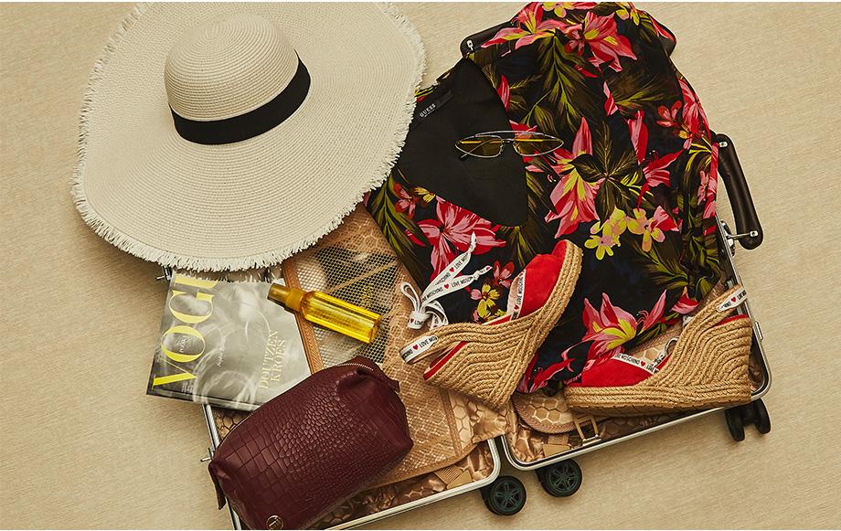 Co musisz spakować do wakacyjnej walizki? Blog