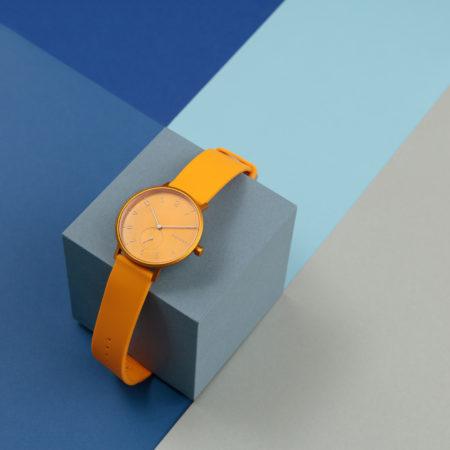 pomarańczowy zegarek damski