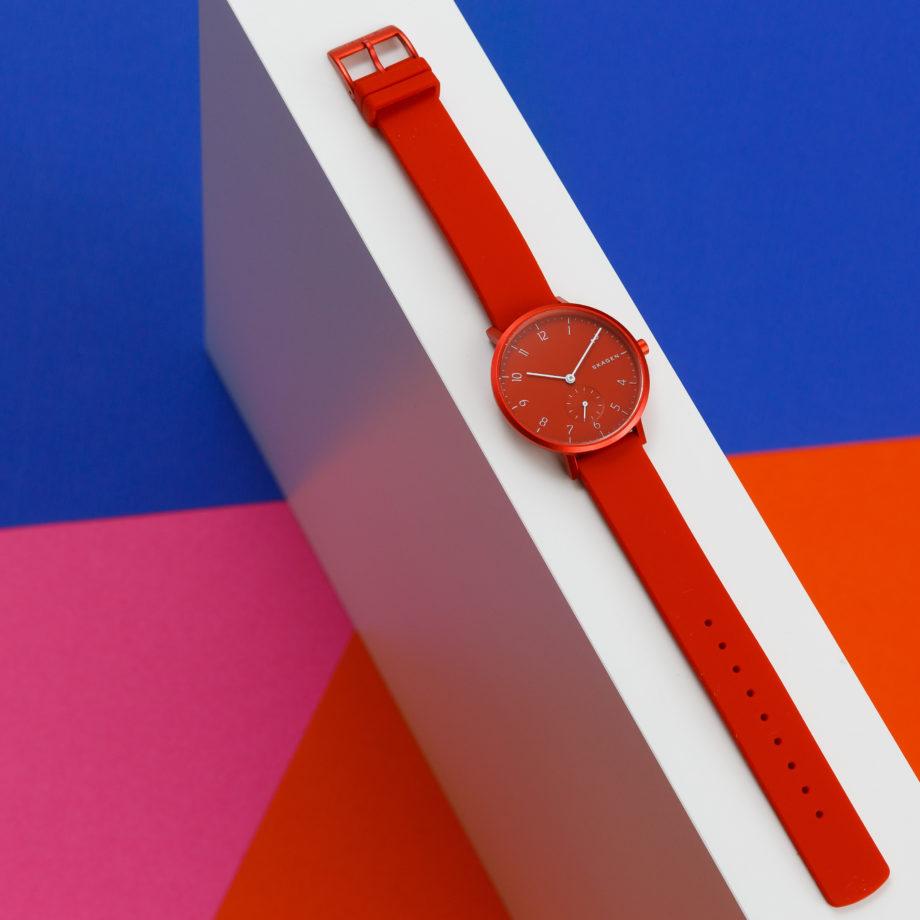 czerwony zegarek damski