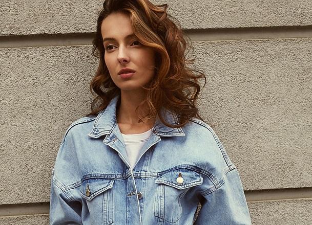 Najmodniejsze kurtki jeansowe na jesień 2019