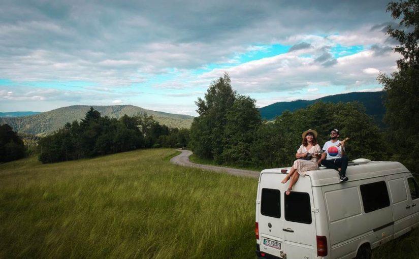 Styl życia, który zaskakuje! Twórcy bloga Podróżovanie inspirują na lato