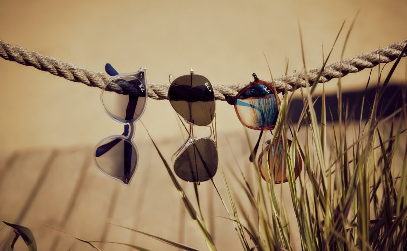 Produkt tygodnia: okulary przeciwsłoneczne w najmodniejszych kształtach na lato 2020