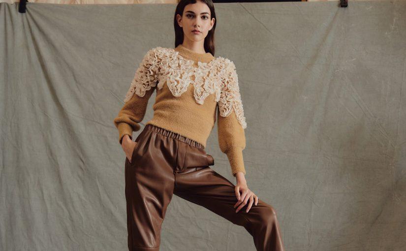 Spodnie dla klepsydry – sprawdź, jakie fasony są dla Ciebie stworzone!