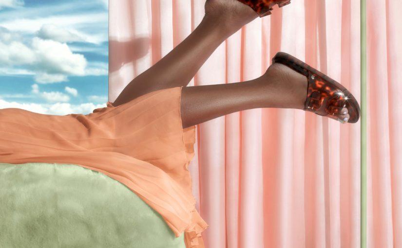 Kolorowe nowości Melissa – buty, w których powędrujesz w stronę lata