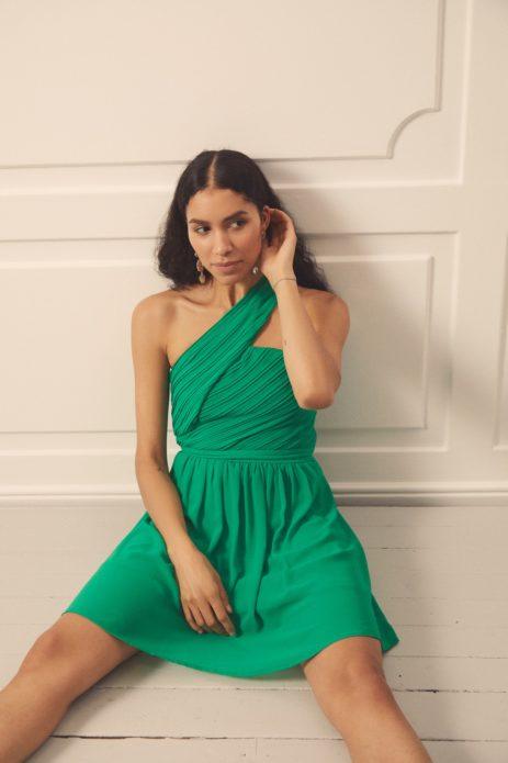 kolory sukienek na wesele - zielony