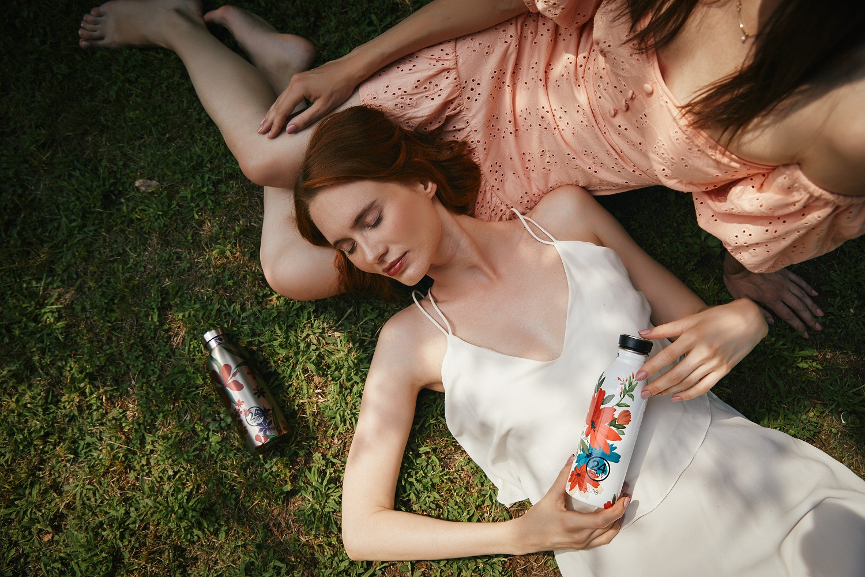 Designerskie butelki, które będą ozdobą w Twoim domu i w torebce